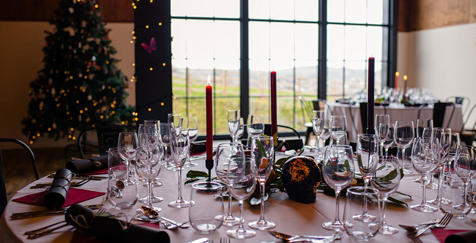 Xmas wedding tables laid at Upton