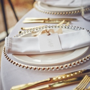Place setting with name