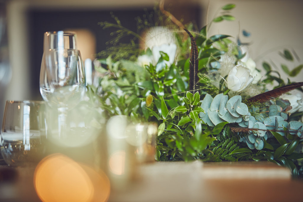 Table floral centrepiece
