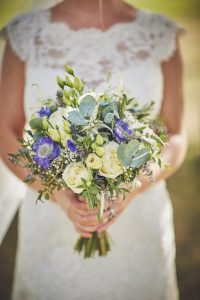 Bride, bouquet, flowers, wedding, floristry