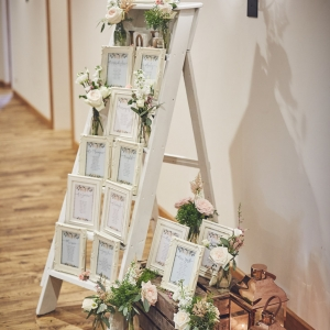 Individual framed table plan